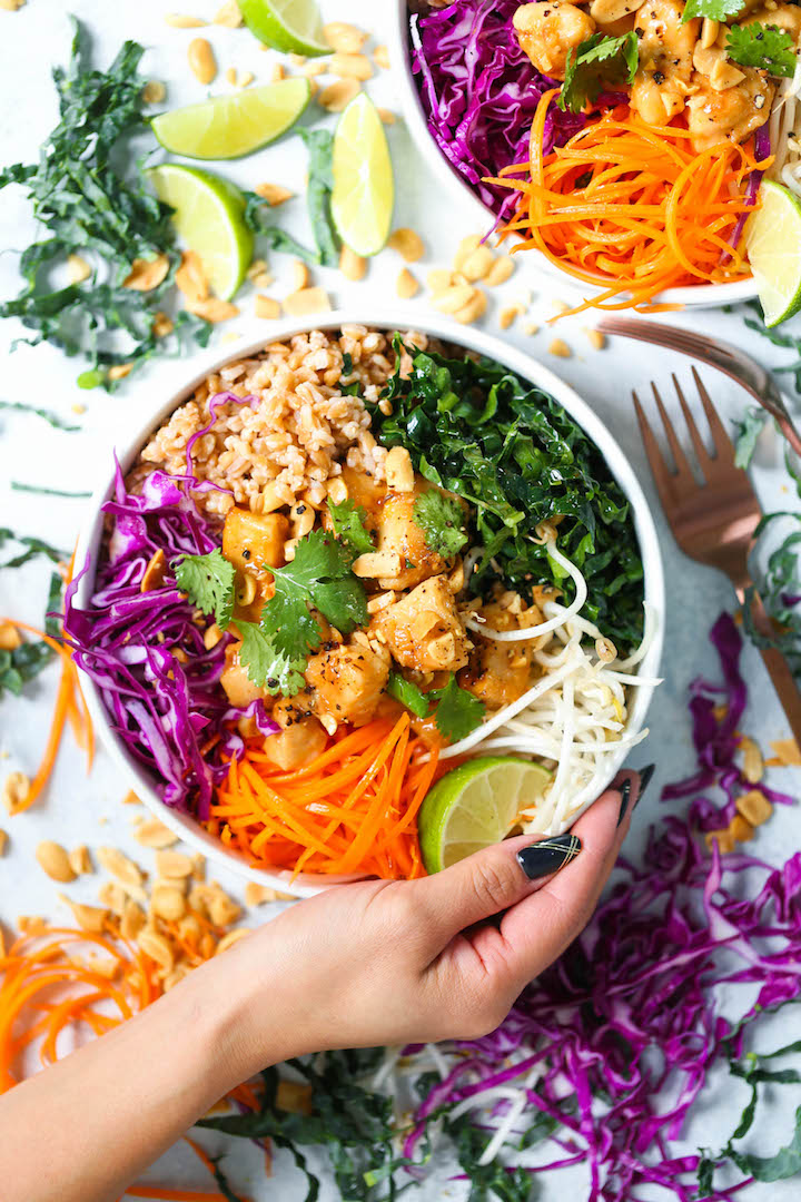 Thai Chicken Budhha Bowls