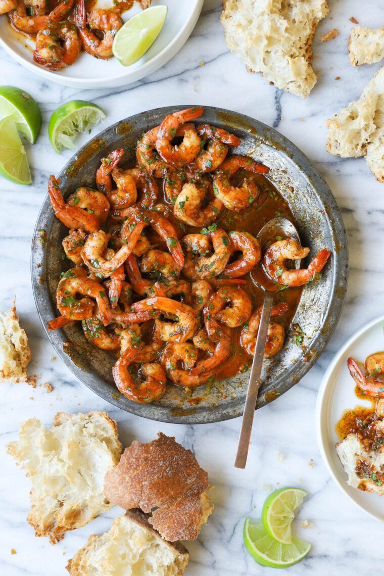 Honey Lime Shrimp - Super saucy, garlicky, sweet and tangy! And it's on your dinner table in just 20 MINUTES! So fast and oh so good.