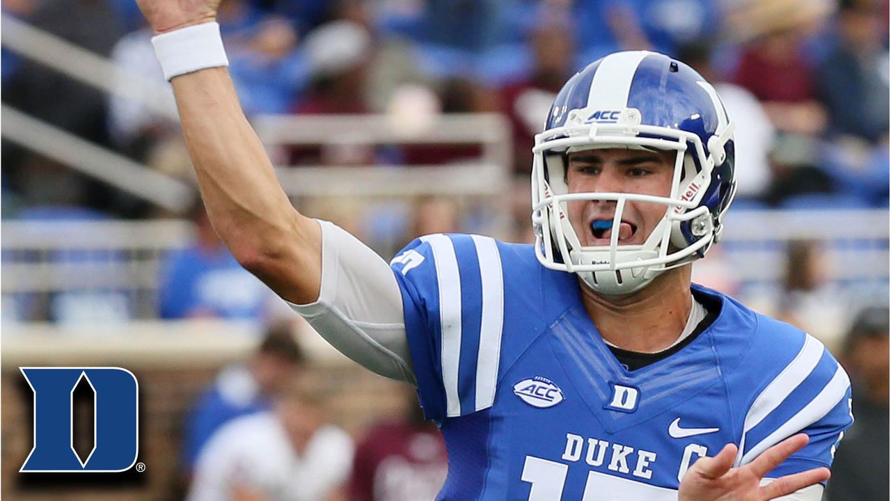 After redshirting his first year at duke in 2015, jones became the starting quarterback in his sophomore season in 2016 after quarterback thomas sirk suffered a. Duke QB Daniel Jones: 413 Total Yards, 4 TDR vs ...