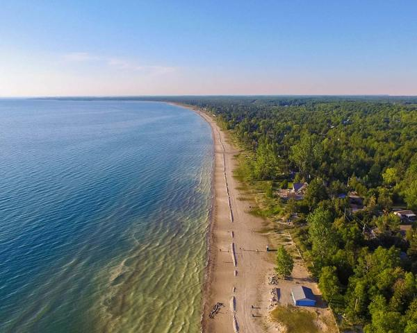 In Sauble Beach Ontario With Kids - Adventure