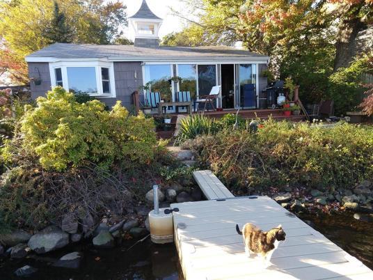 Amesbury Pam cottage