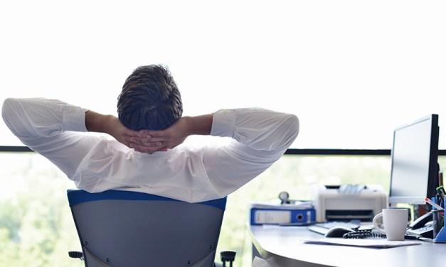 抬頭挺胸迎接挑戰!靠這6招,上班族從此向腰酸背痛SAY NO!