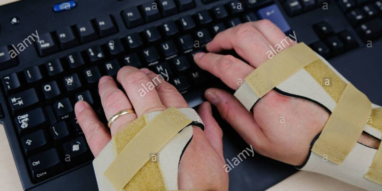 """電腦手? 你中招了嗎! – 有這些症狀嗎?你可能患了 """"腕隧道症候群"""""""