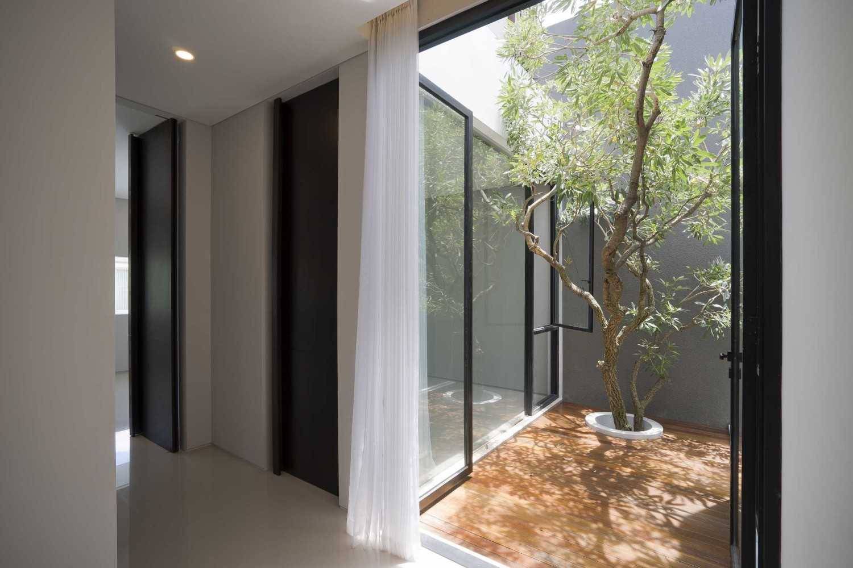 Desain Taman Rumah Minimalis di Lahan Sempit dengan