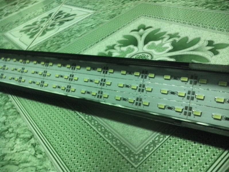 máng đèn chứa 3 dãy led 630