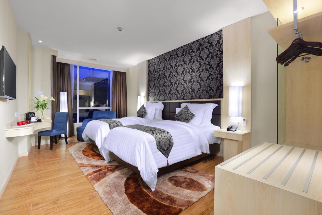 2D1N Stay in Aston Hotel Batam + 2-Way Ferry + Land Transfer + Breakfast
