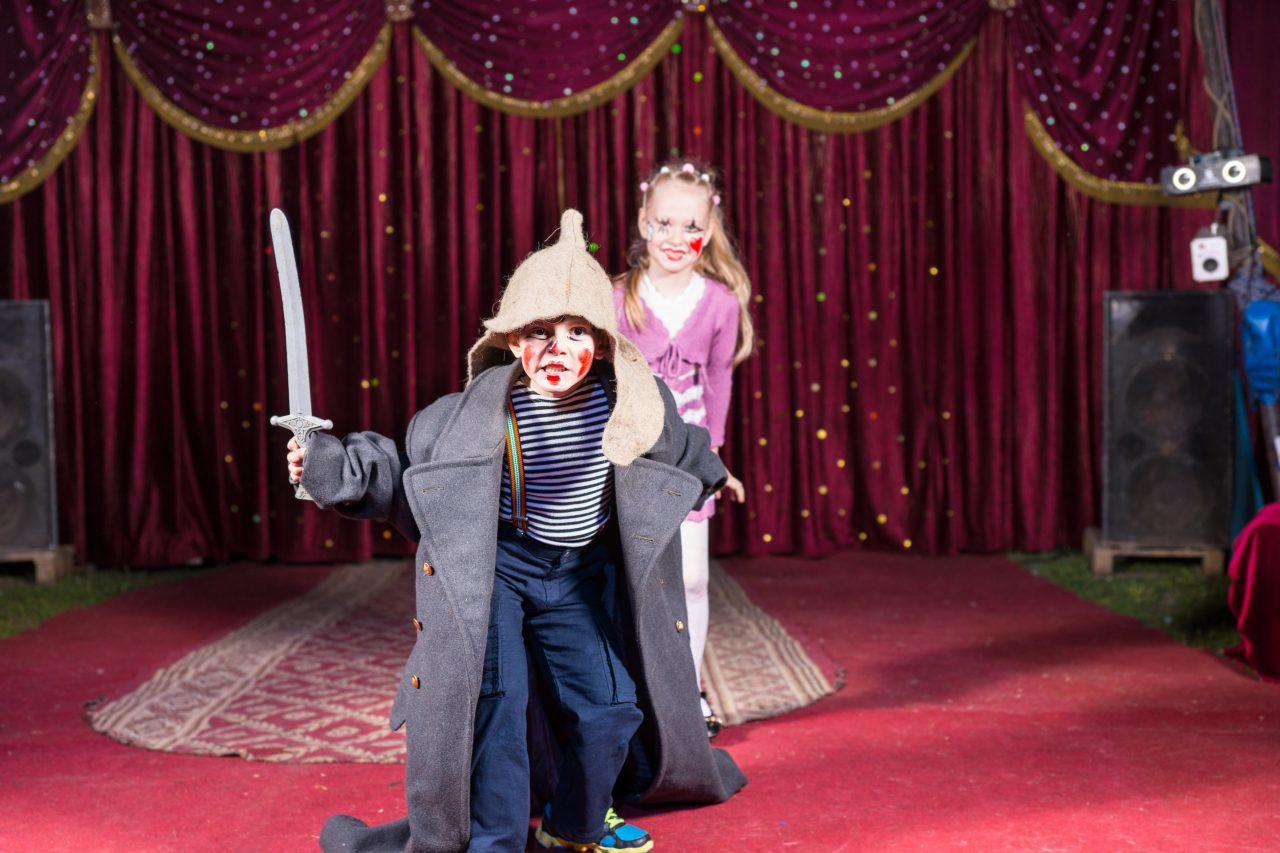 drama as a teaching tool. What Makes A Good Speech And Drama Class For Kids