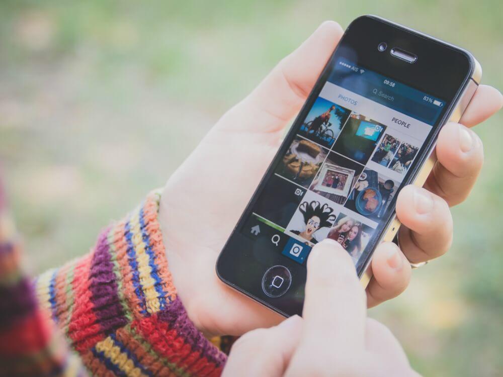 Tips Menambah Followers d Social Media - Cover