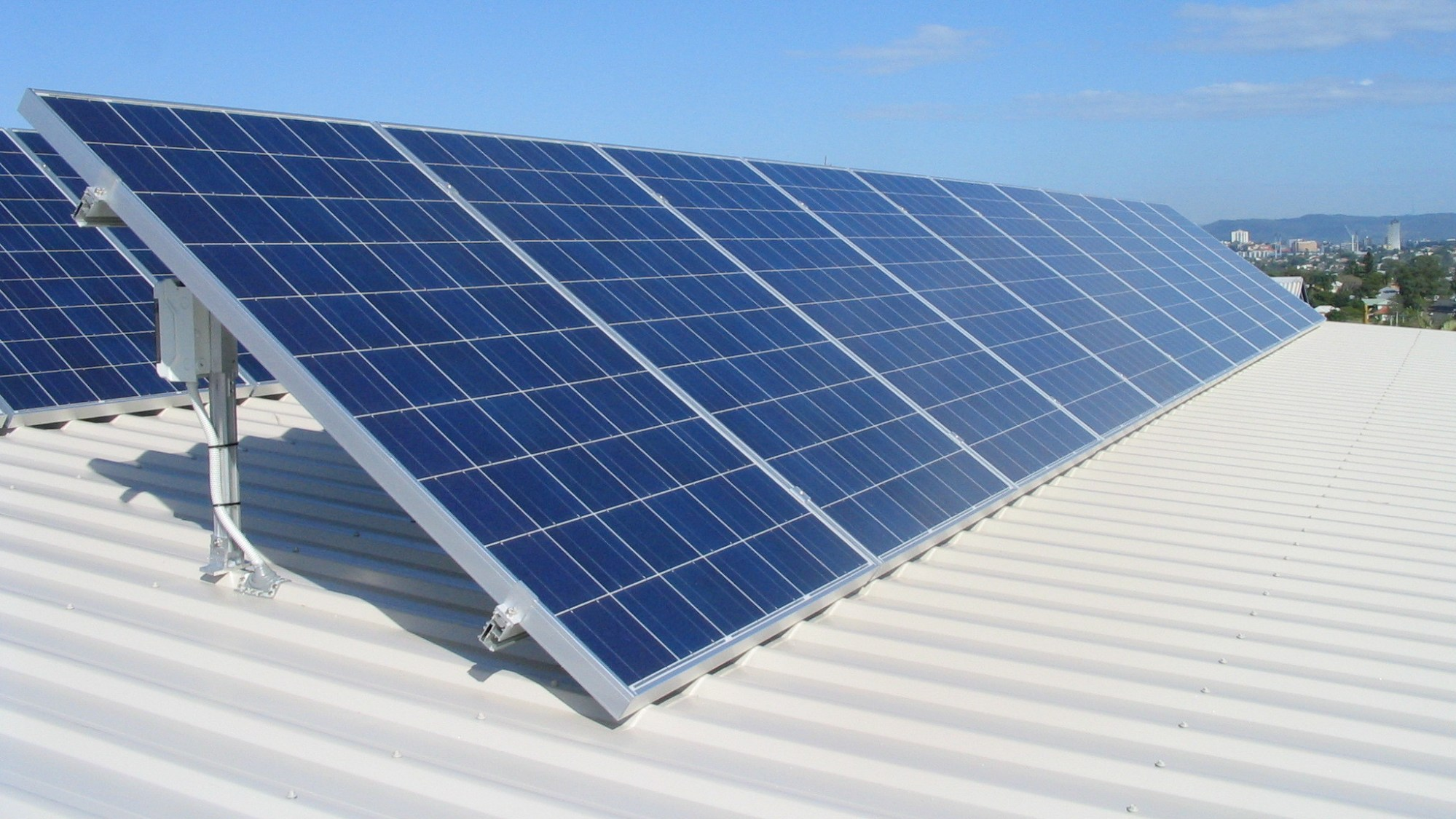 hight resolution of house for sales solar panel installation 2
