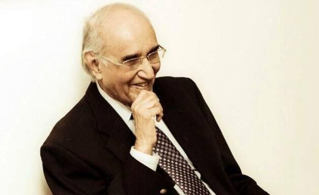 مشتاق احمد یوسفی:اپنے کرداروں کے ساتھ ہنسنے والامزاح نگار