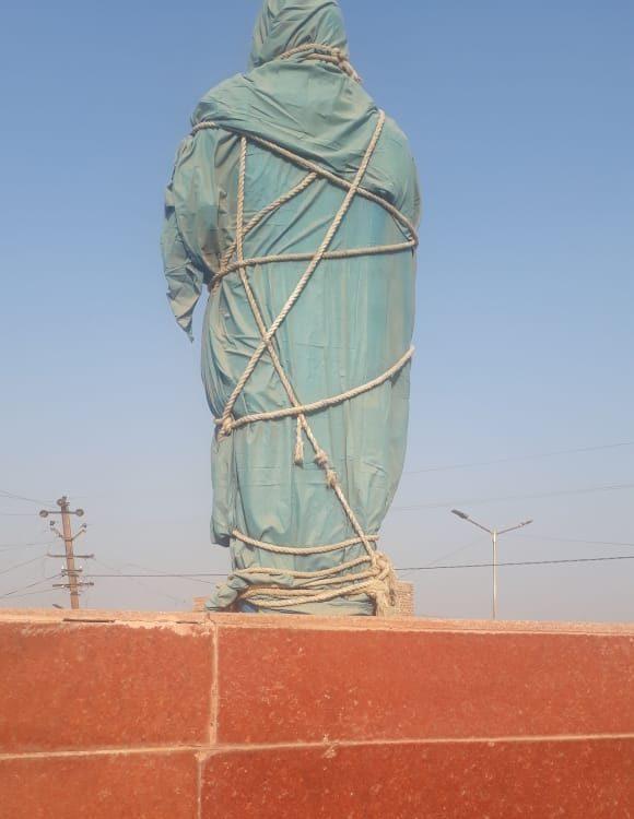 پوکھرن واقع بابا صاحب امبیڈکر کا مجسمہ۔ (فوٹو : مادھو شرما / دی وائر)