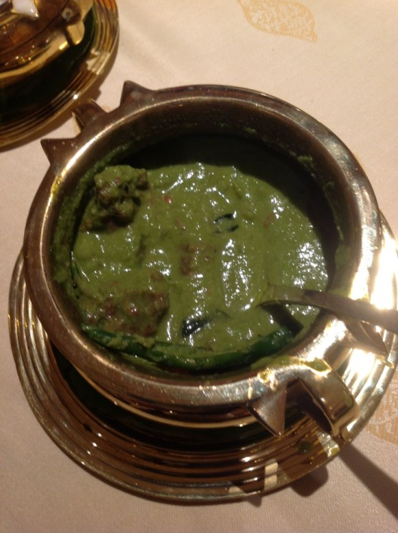 Next came the green chilli spiked mutton curry. The deliciously green gravy with succulent pieces of lamb had everyone at my table raving.
