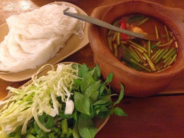 ขนมจีนหม้อปลาร้า