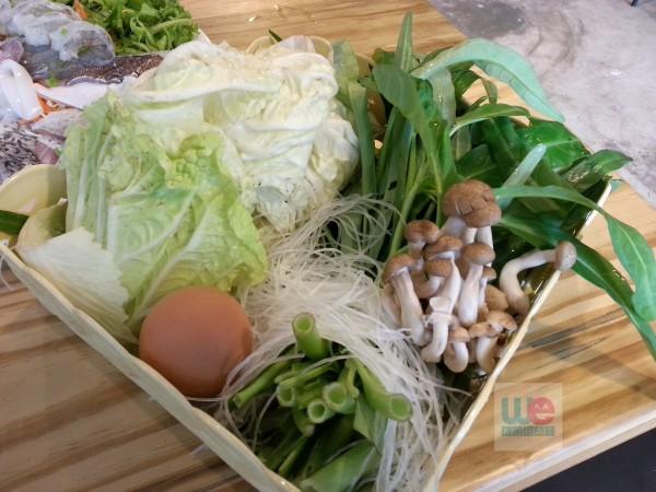 ชุดผักของปลาจุ่มฮ่องเต้