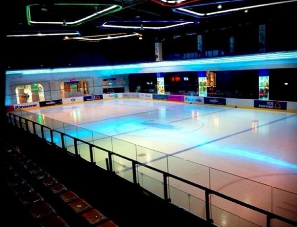 ลานไอซ์สเกต The Rink สาขาเซ็นทรัลพระราม 9 (ภาพ Facebook The Rink)