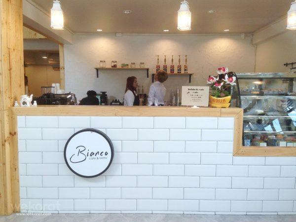 ร้าน Bianco Cafe' & Bistro