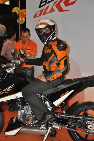 KTM Duke R (2011) Launch - 041
