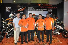 KTM Duke R (2011) Launch - 071
