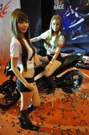 KTM Duke R (2011) Launch - 110