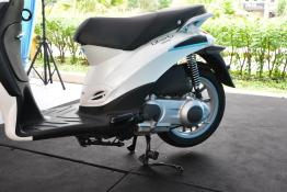 Piaggio Liberty 150cc Launch at New Vespa Showroom - 67