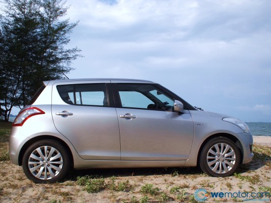 2013 Suzuki Swift 027
