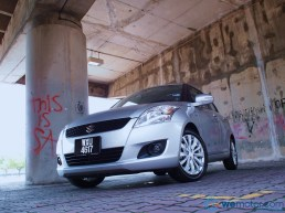 2013 Suzuki Swift 049