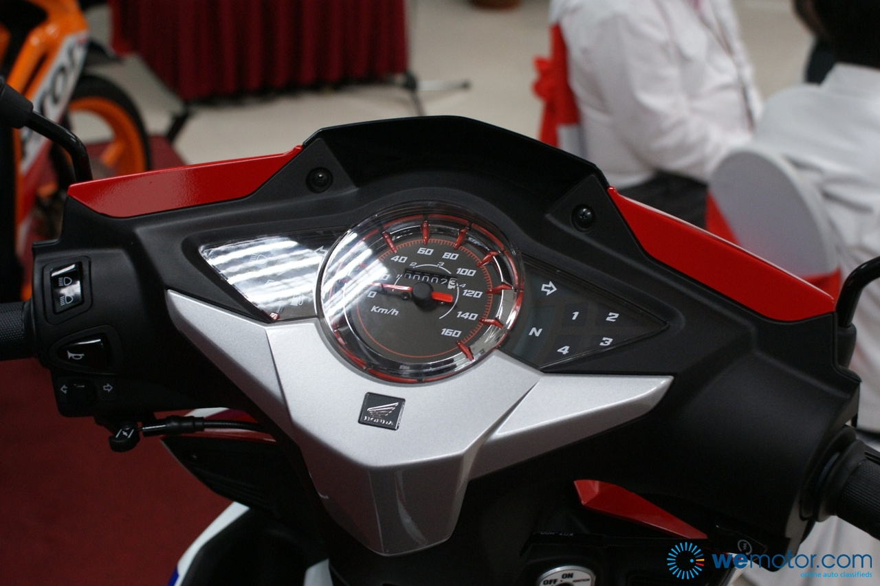 hight resolution of 2013 honda wave dash r and s 005