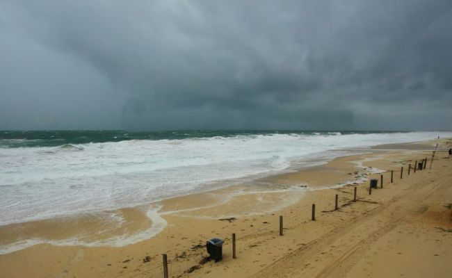 Storm Warning Issued For Perth Down To Mandurah