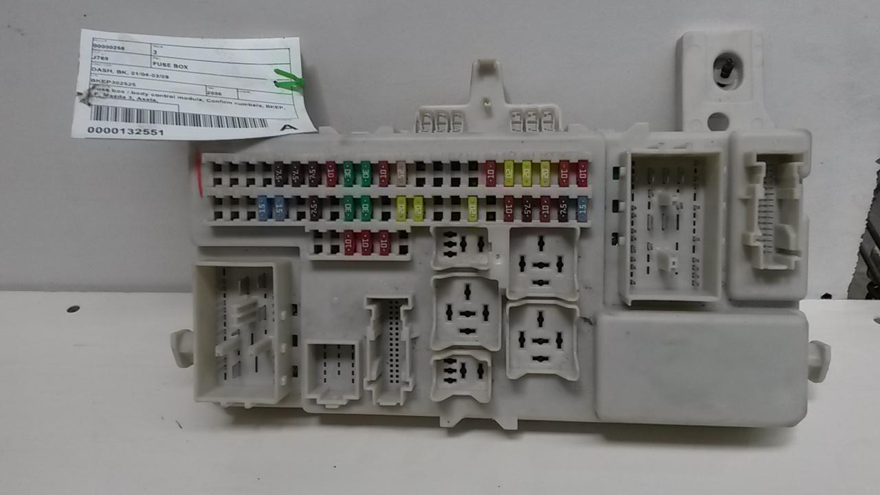 hight resolution of fuse box mazda 3 2006