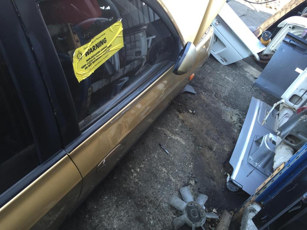 medium resolution of view auto part fuse box hyundai elantra 2003