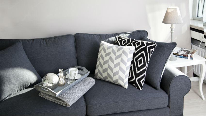 DALANI  Cuscini grigi fascino sobrio per il tuo divano