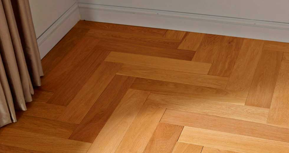 How to Fit an Engineered Wood Floor