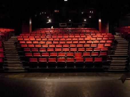 Θέατρο «ΤΖΕΝΗ ΚΑΡΕΖΗ»