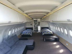 طائرة محولة إلى فندق أرضي