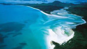 الشاطئ الابيض - اجمل شواطئ العالم