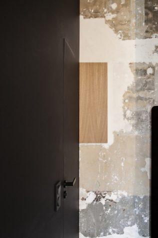 Architecture_ArnaudApartment_BatiikStudio_BertrandFompeyrine_d-710x1065
