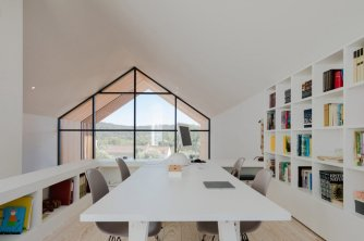 architecture-filipe-saraiva-ourem-house-8-1440x960