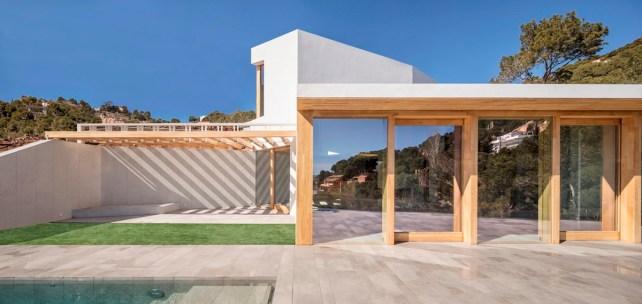 5am-arquitectura-house-in-tamariu-2