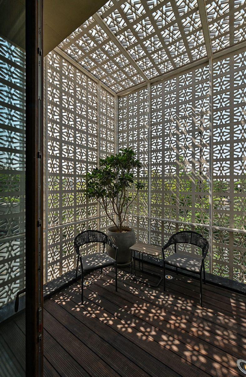 18 screens texture walls, shadows and furniture