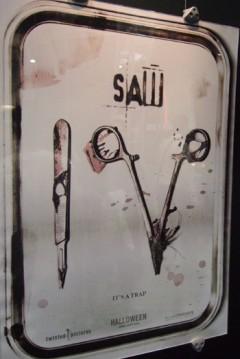 Imagenes saw juego macabro muneco saw me imagino que a muchos como a mi les gustan. Película: Saw 4 (2007) - Saw IV - El Juego del Miedo 4