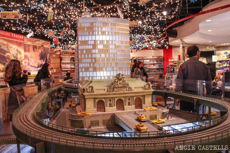 Navidades en Nueva York Decoraciones Grand Central Terminal Train Show