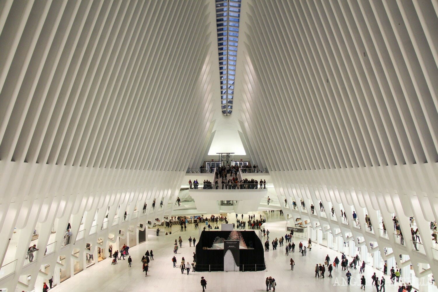 El Oculus estacin y centro comercial en el World Trade Center