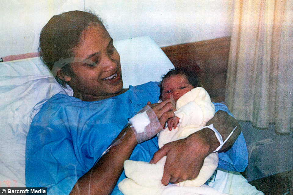 Mother And Daughter Reunited 17 Years After Newborn