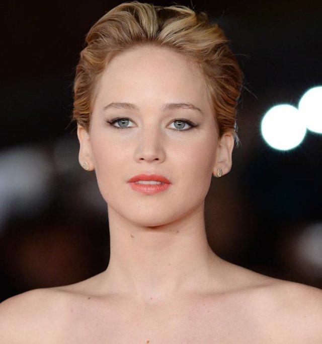 ClioMakeUp-trucco-bionda-occhi-azzurri-capell-rossetto-colore-migliore-jennifer-lawrence