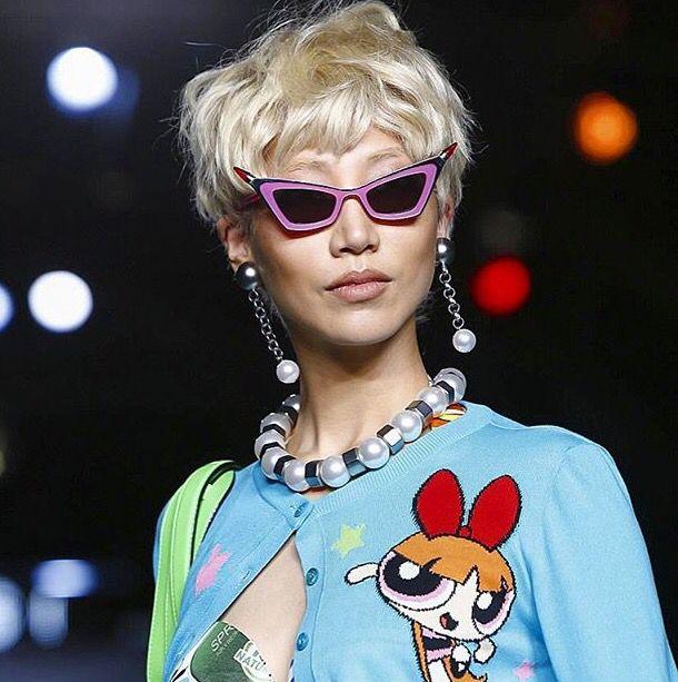 ClioMakeUp-trucco-anni-90-novanta-stile-moda-moschino-2016-super-chicche