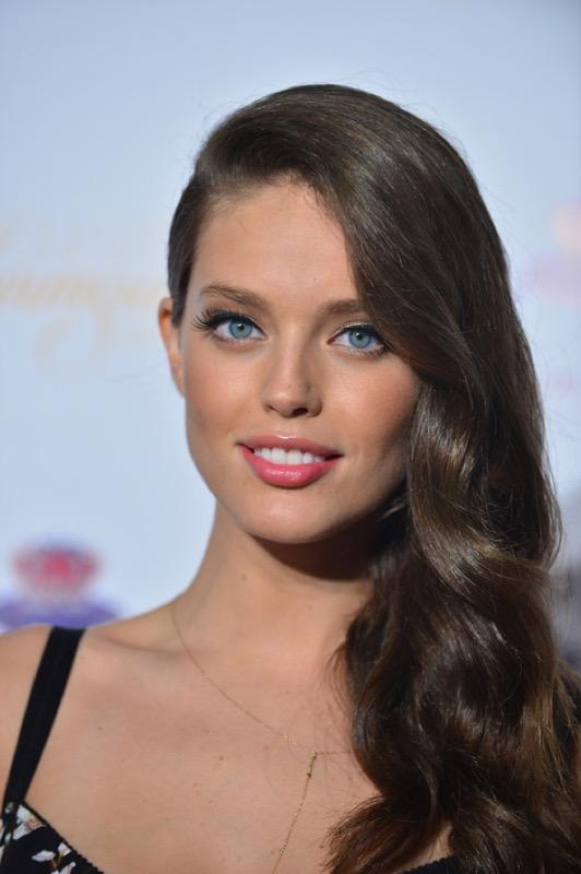 cliomakeup-emily-didonato-beauty-look-occhi-azzurri-trucchi-makeup-7