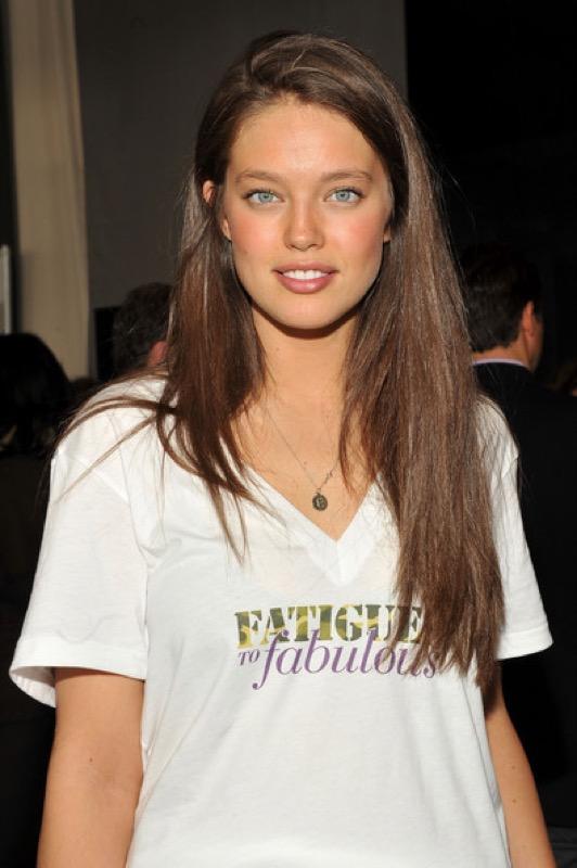 cliomakeup-emily-didonato-beauty-look-occhi-azzurri-trucchi-makeup-18