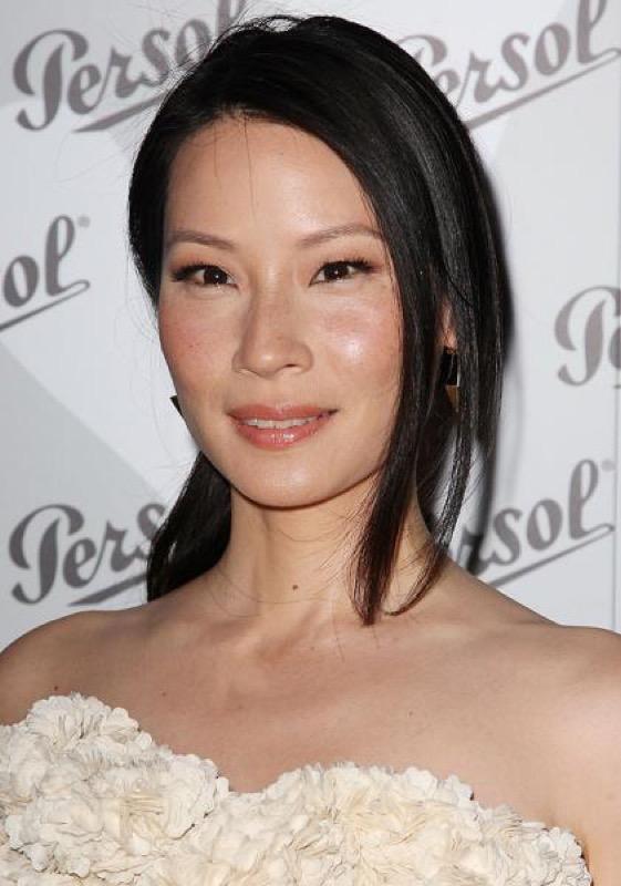 cliomakeup-attrici-asiatiche-orientali-cinesi-makeup-dive-occhi-mandorla-lucy-liu-rossetto-nude