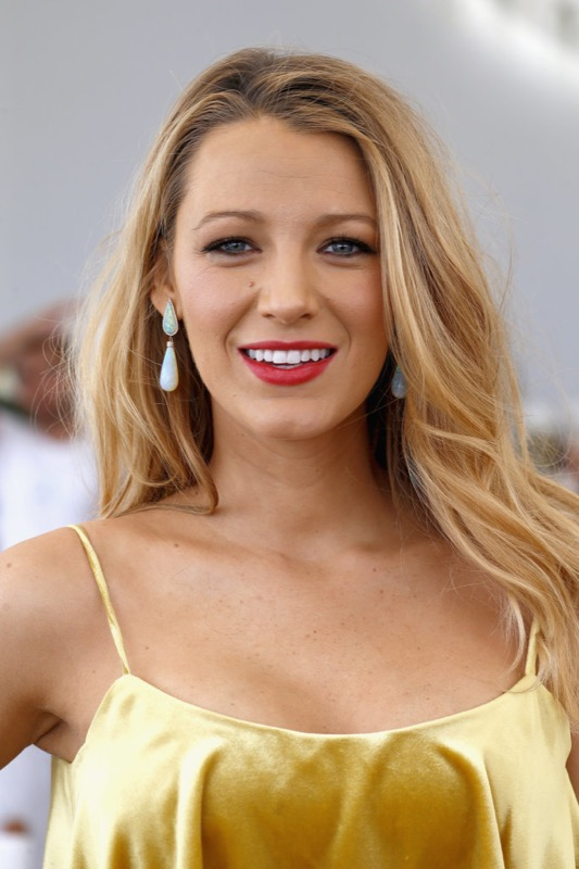 ClioMakeUp-Cannes-2016-red-carpet-beauty-look-primi-giorni-star-vip-blake-lively