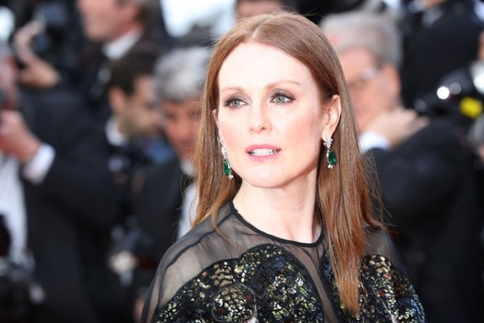 ClioMakeUp-Cannes-2016-red-carpet-beauty-look-primi-giorni-star-vip-julianne-moore